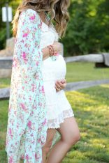 Fashionable maternity outfits ideas for summer and spring 78