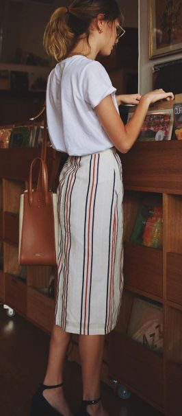 Fashionable skirt outfits ideas that you must try 15