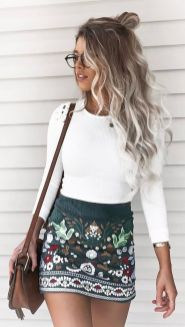 Fashionable skirt outfits ideas that you must try 24