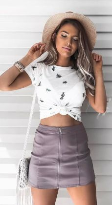 Fashionable skirt outfits ideas that you must try 43