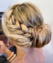 Gorgeous rustic wedding hairstyles ideas 16