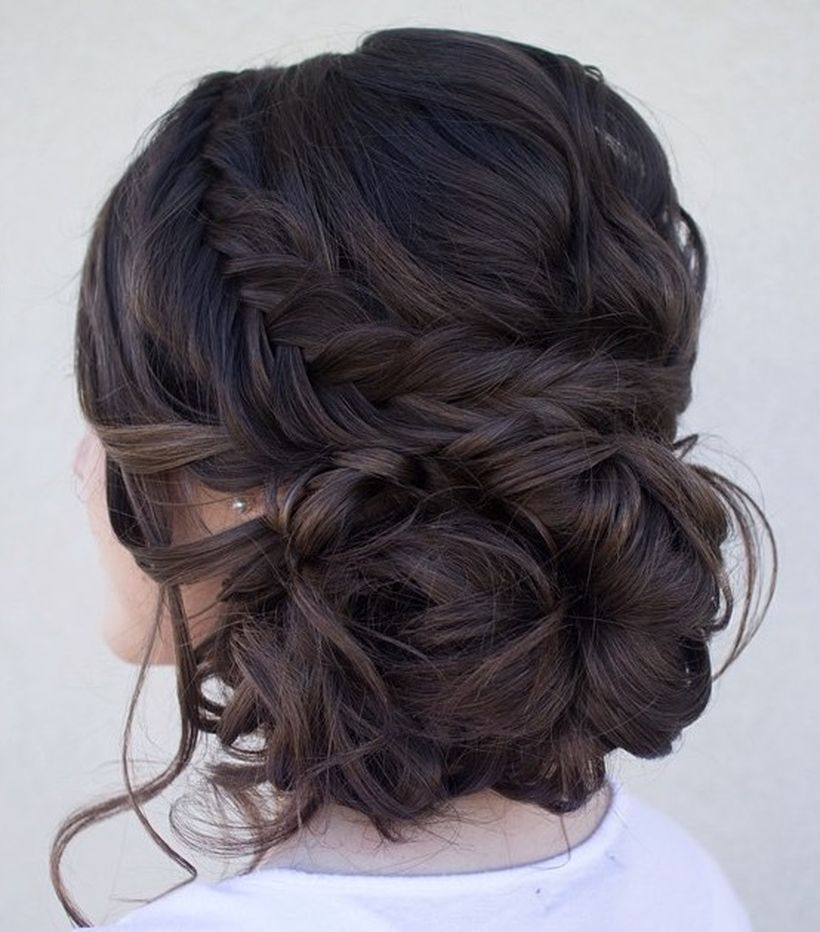Gorgeous rustic wedding hairstyles ideas 23