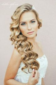 Gorgeous rustic wedding hairstyles ideas 49