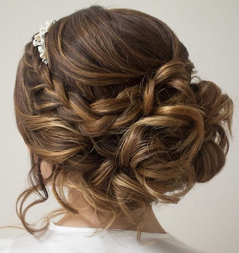 Gorgeous rustic wedding hairstyles ideas 69