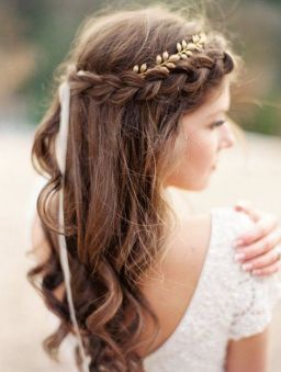 Gorgeous rustic wedding hairstyles ideas 70