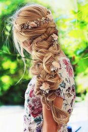 Gorgeous rustic wedding hairstyles ideas 82