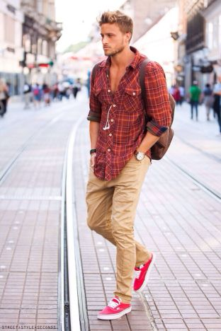 Inspiring casual men fashions for everyday outfits 13
