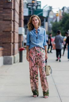 Inspiring simple casual street style outfits ideas 19