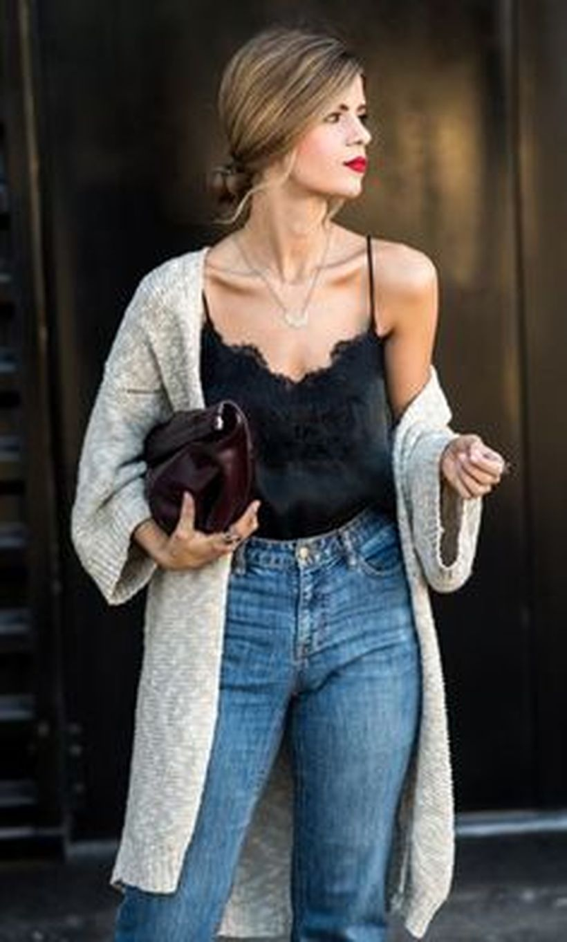 Inspiring simple casual street style outfits ideas 65