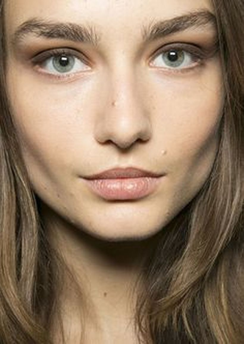 Perfect natural bold brows ideas 3