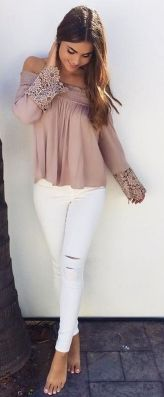 Perfect ways to wear white denim jeans outfits 20