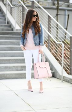 Perfect ways to wear white denim jeans outfits 6