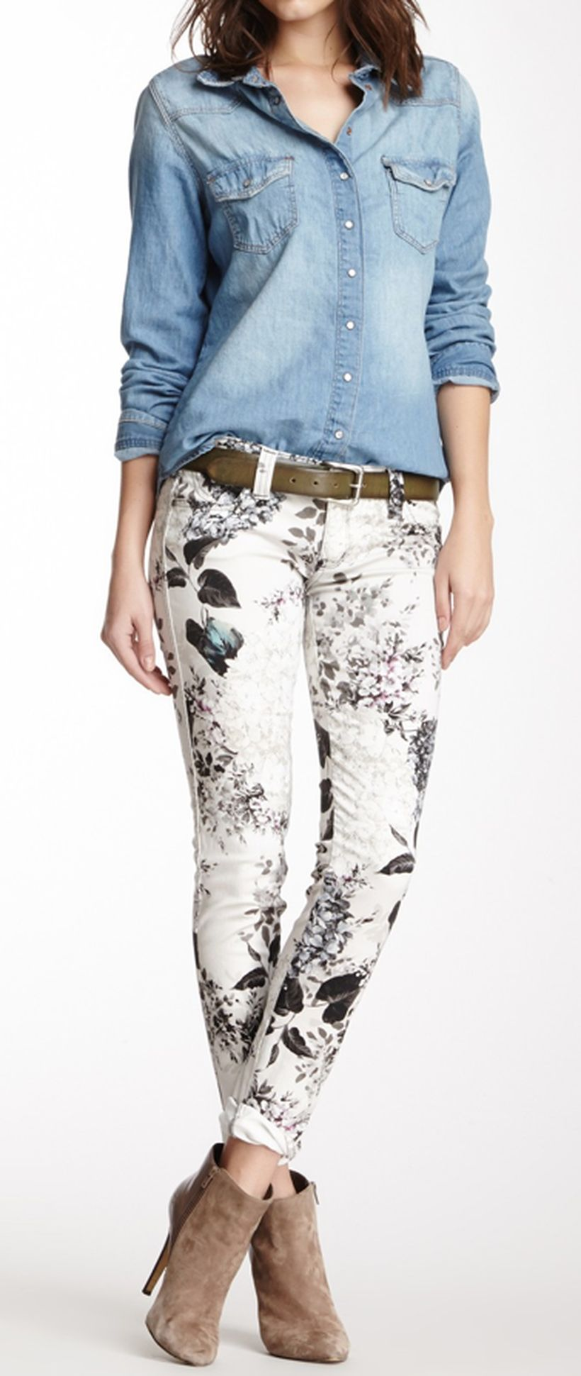 Perfect ways to wear white denim jeans outfits 92