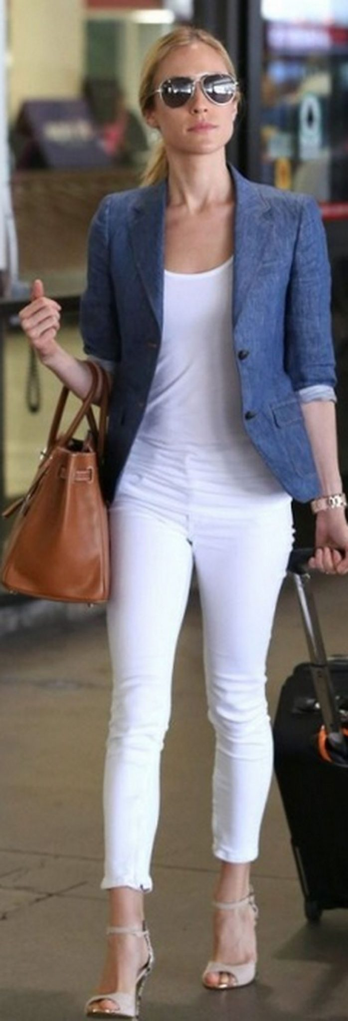 Perfect ways to wear white denim jeans outfits 95