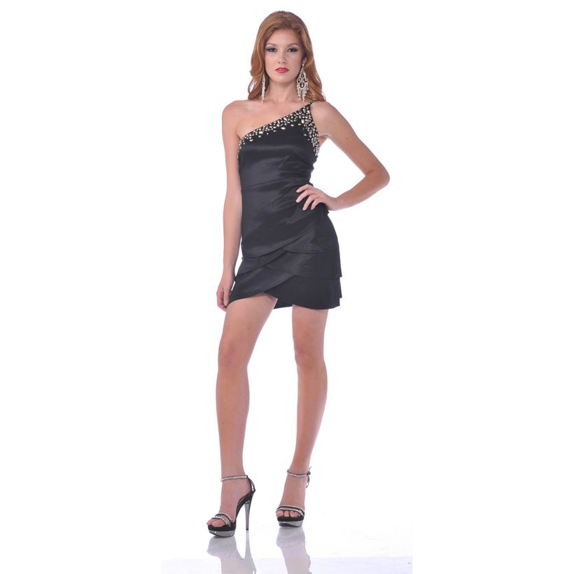 Stunning black short dresses outfits for party ideas 25