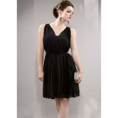 Stunning black short dresses outfits for party ideas 39