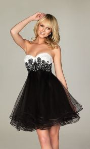 Stunning black short dresses outfits for party ideas 6