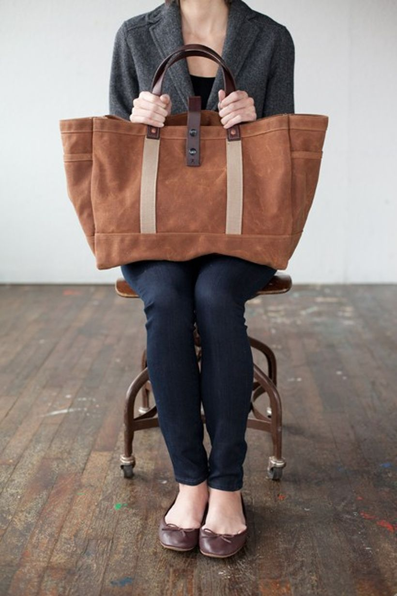 Stylish leather tote bags for work 31