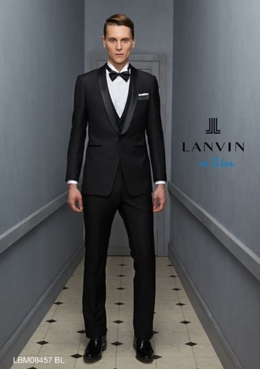 Elegant men's formal wear with tuxedo and suits 138