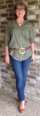 Fashionable over 50 fall outfits ideas 67