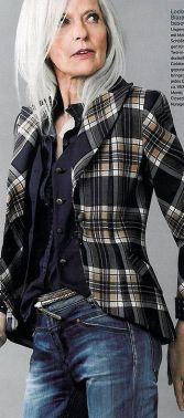 Fashionable over 50 fall outfits ideas 69