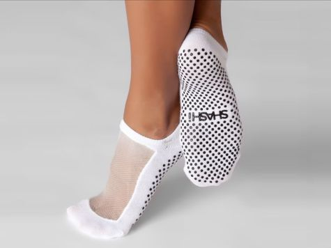 Most comfortable yoga shoes that must you have 24