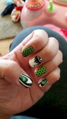 Seahawks nails design 41