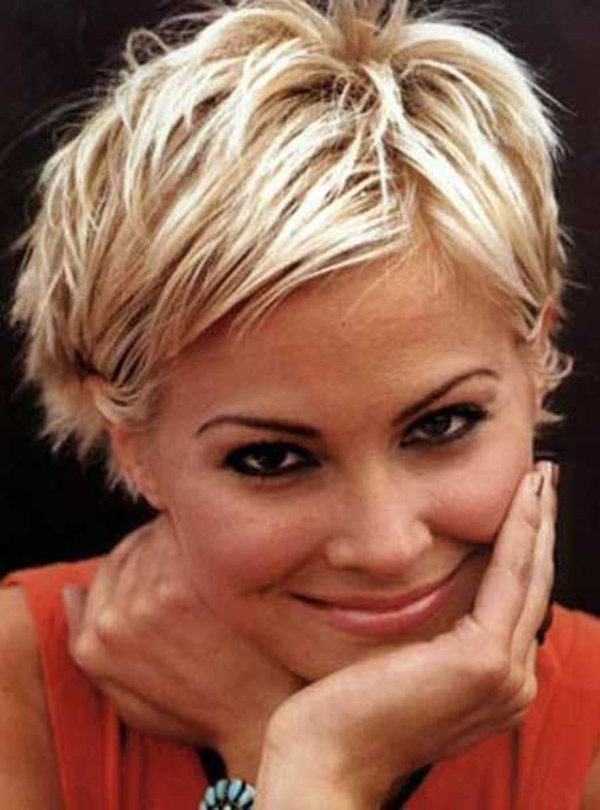 Short messy pixie haircut hairstyle ideas 28