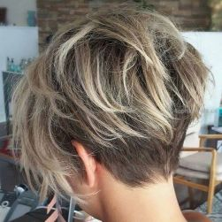 Short messy pixie haircut hairstyle ideas 3