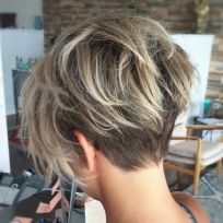 Short messy pixie haircut hairstyle ideas 45