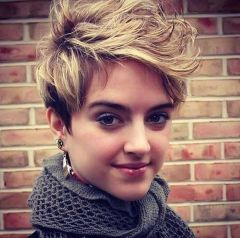 Short messy pixie haircut hairstyle ideas 61