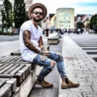 Stylish men's jeans outfits ideas in 2017 16