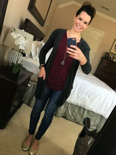 Tips how to wear cardigans and leggings in this fall 35