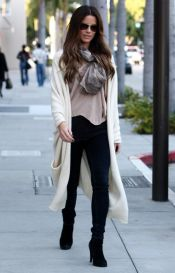 Tips how to wear cardigans and leggings in this fall 50