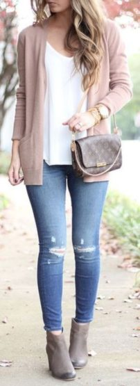 Cardigan outfit 20