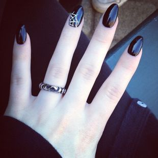 Halloween nails that you must try at halloween party 16