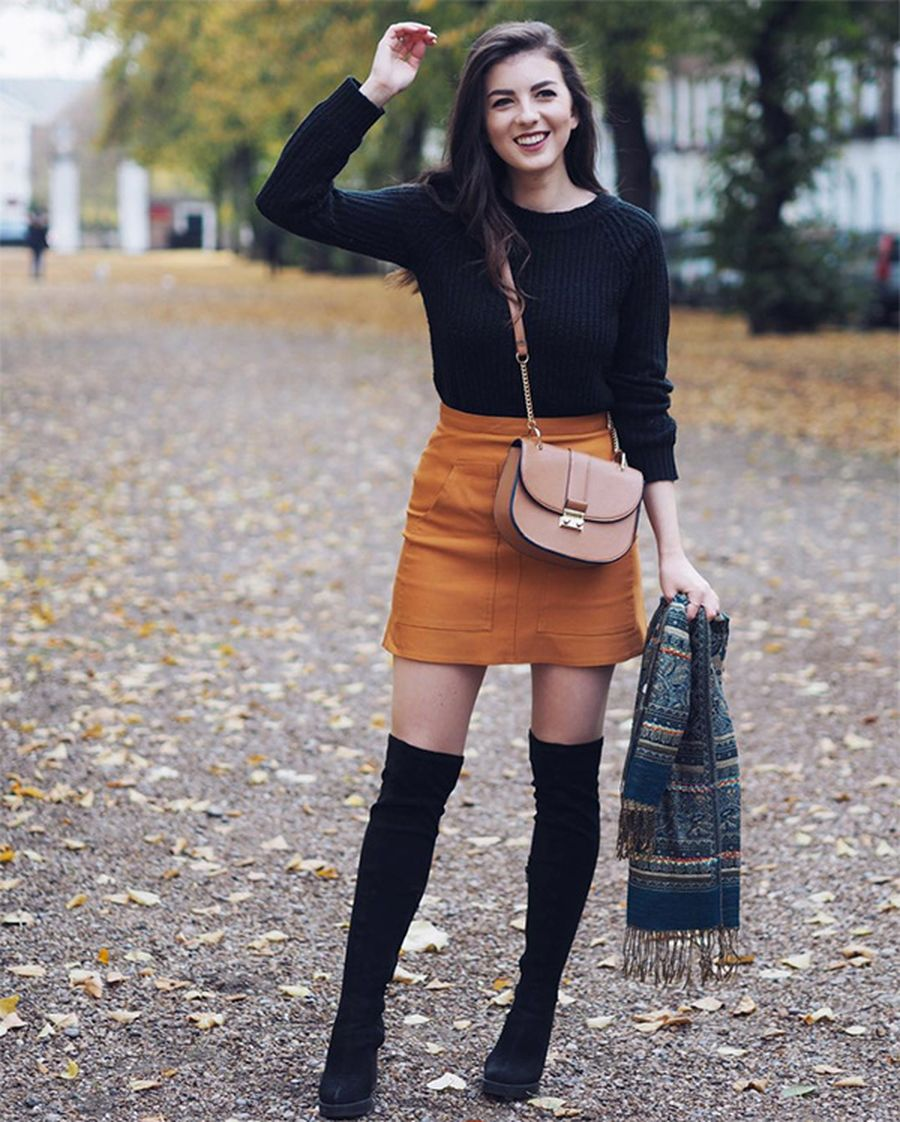 Inspiring skirt and boots combinations for fall and winter outfits 57