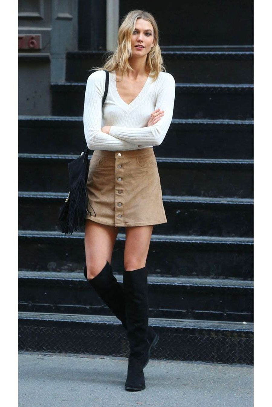 Inspiring skirt and boots combinations for fall and winter outfits 72