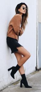 Skirt trends ideas for winter outfits this year 34