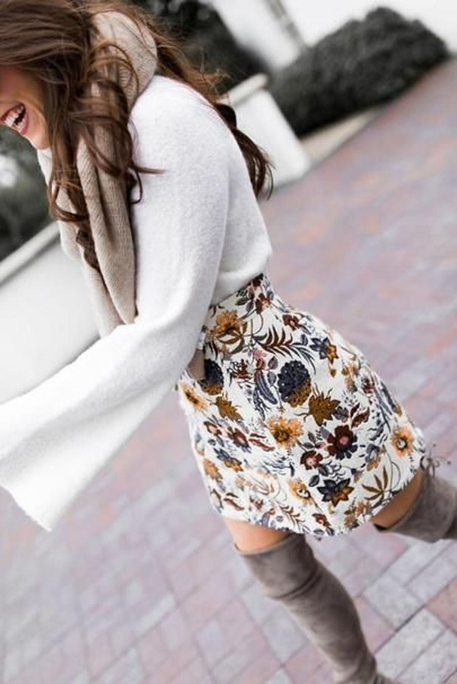 Skirt trends ideas for winter outfits this year 53