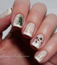 Cool holiday nails arts 41