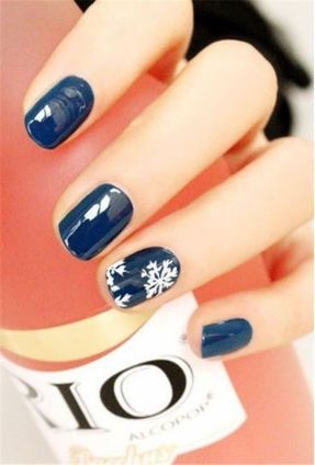 Cool holiday nails arts 78