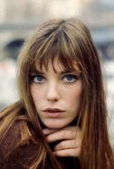 Cool hair style with feathered bangs ideas 11