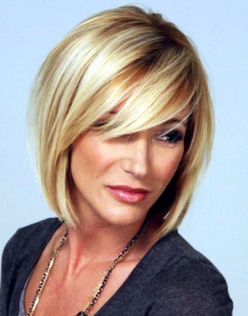 Fabulous over 50 short hairstyle ideas 8