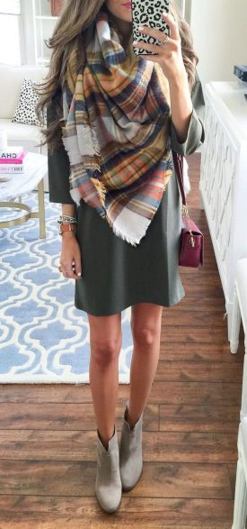 Fashionable scarves for winter outfits 101