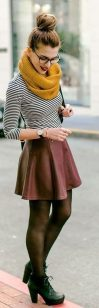 Fashionable scarves for winter outfits 106