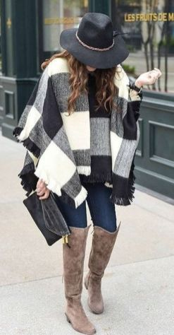 Fashionable scarves for winter outfits 5