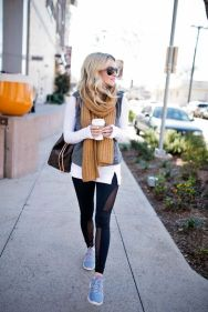 Fashionable scarves for winter outfits 52