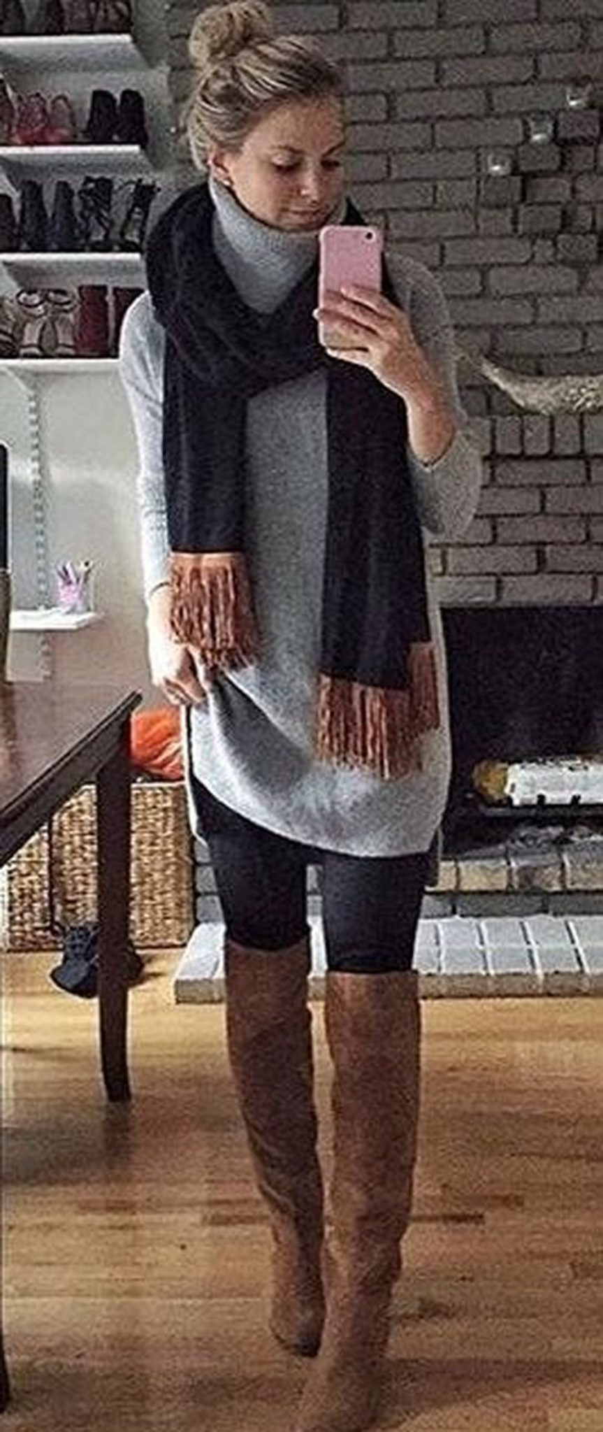 Fashionable scarves for winter outfits 78