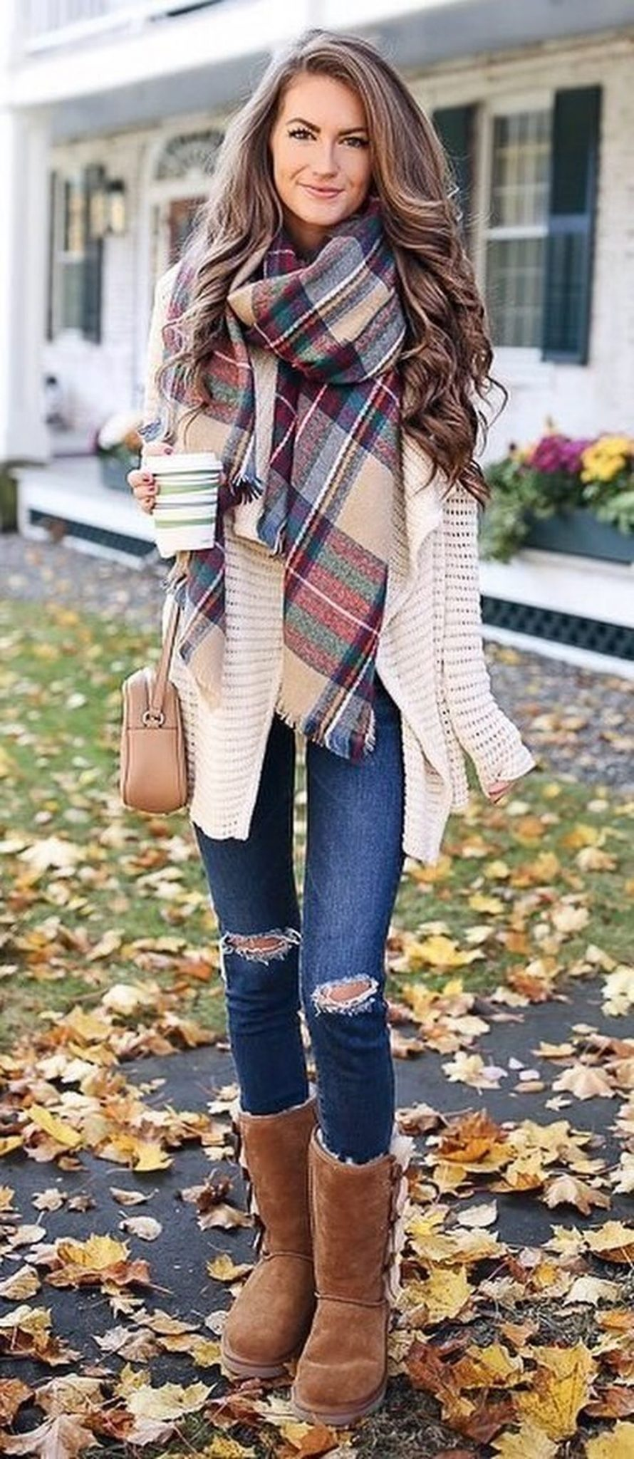 Fashionable scarves for winter outfits 82